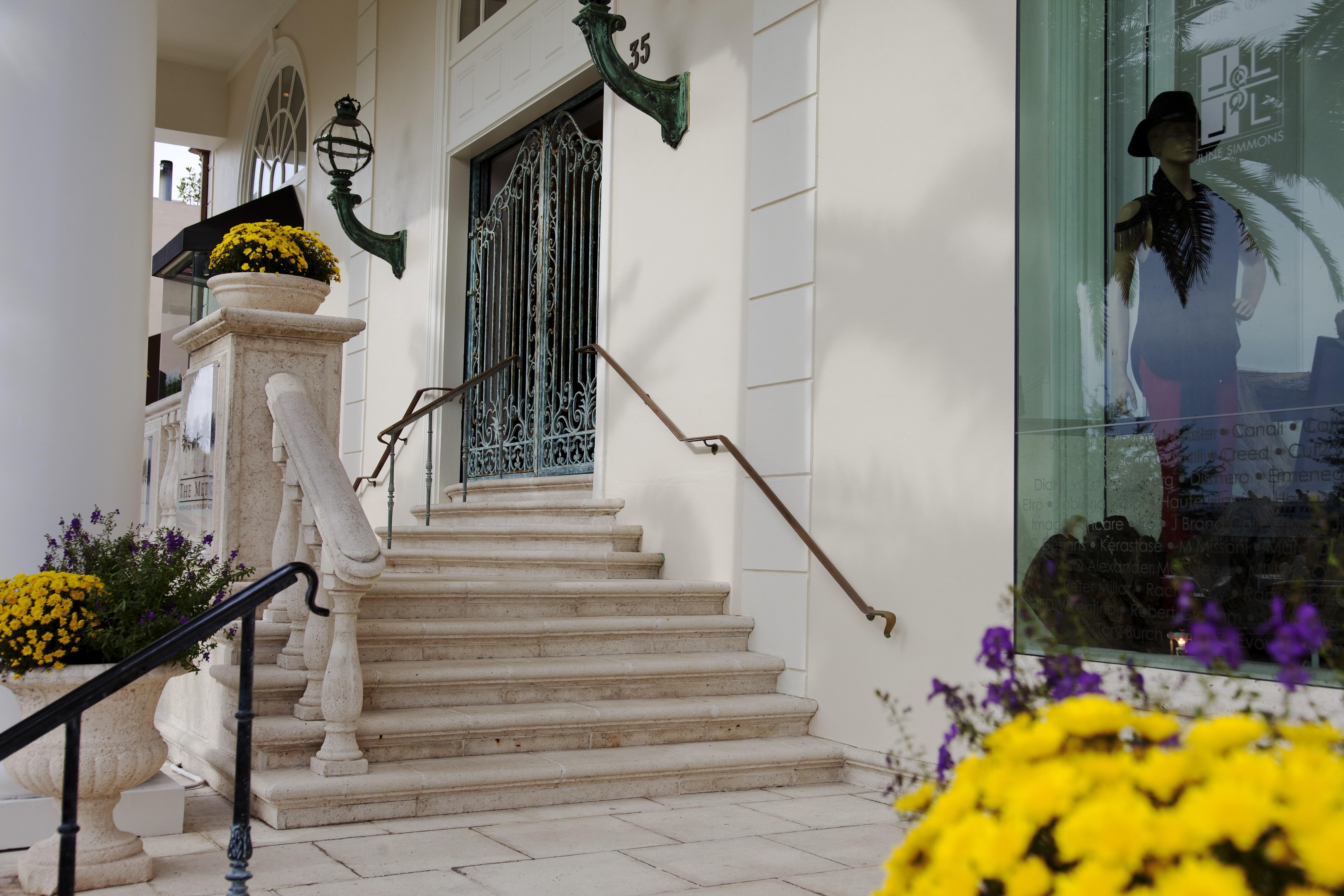 1 frontdoor